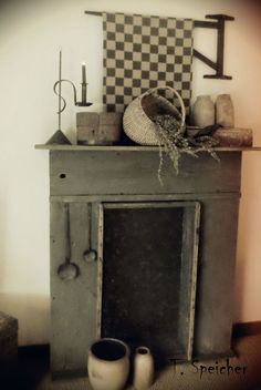 I need someone to build this for me! It would be so cute in my kitchen/dining room.