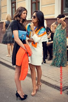 #noseyparker #okc loves #Hermes scarves!