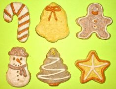 Classic Christmas Cookies (with all-natural frosting) #recipe #holiday #decorating #spices