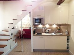 http://www.paristay.com/paris-apartment-rental/900/Louvre/75001/vacation-apartment-paris-louvre-rental.html