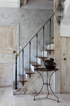 love the vintage iron balustrade