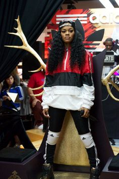 Teyana Taylor outfits   signature style teyana taylor the 90 s tomboy style has really been ...