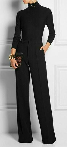😃Learn to style a classy black turtleneck sweater outfit in a casual way for the office or for work. Black turtleneck outfit offices are chic and clas All Black Outfits For Women, Black And White Outfit, Black Women, Sexy Women, All Black Outfit For Work, Chic Black Outfits, Dress Black, Work Outfit Winter, Sexy Work Outfit