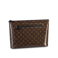 Get the trendiest Clutch of the season! The Louis Vuitton Pochette (Runway) Monogram Glaze Cosmos Brown Coated Canvas Clutch is a top 10 member favorite on Tradesy. Save on yours before they are sold out! Louis Vuitton Crossbody, Louis Vuitton Handbags, Louis Vuitton Monogram, Travel Accessories, Handbag Accessories, Cosmos, Secret Sale, Pre Owned Louis Vuitton, Cowhide Leather