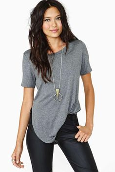 This is probably my outfit whenever I feel lazy but still want to look put together. Black and grey all the way.