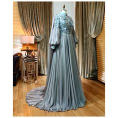 A perfect evening dress . If you want different colors and different lace with special . Hijab Prom Dress, Hijab Wedding Dresses, Muslim Dress, Abaya Fashion, Fashion Dresses, Gold Evening Dresses, Fantasy Dress, Gowns With Sleeves, Spring Dresses