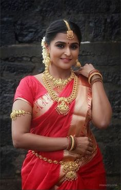 Remya Nambeesan Beautiful HD Photos & Mobile Wallpapers HD (Android/iPhone) (1080p) Hd Wallpapers For Mobile, Mobile Wallpaper, Beautiful Girl Image, Beautiful Women, Bridal Portrait Poses, Indian Wedding Couple Photography, Bollywood Actress Hot Photos, Tamil Actress, Indian Beauty Saree
