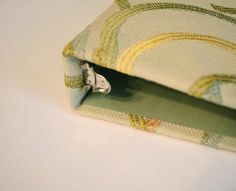 Fabric Covered Binder #tutorial