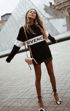 #spring #outfits black and white Givenchy crew-neck long-sleeved mini dress and black heels outfit. Pic by @milano_streetstyle