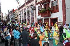 """Grupo Mascarada Carnaval: """"Profesiones y oficios"""", tema del Carnaval de Sant..."""