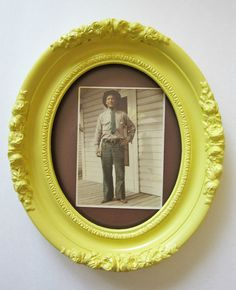 Vintage Oval Ornate Picture Frame Upcycled by ShabbyVintageMom, $31.00