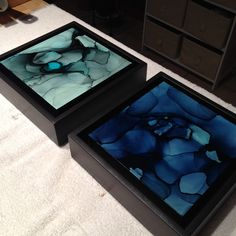 Finishing up framing these two pieces for a collector in canada #art #framing…