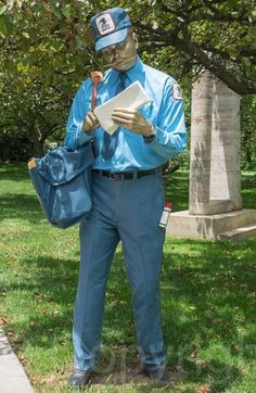J Seward Johnson - Sculpture