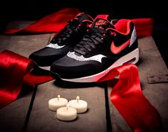 Nike WMNS Air Max 1   Saint Valentines Day