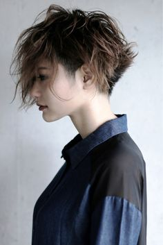 20 Short Spiky Hairstyles For Women Short Spiky Hairstyles, Short Hair Cuts, Cool Hairstyles, Hair Dos, My Hair, Corte Y Color, Creative Hairstyles, Crazy Hair, Hair Inspiration