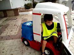 Reciclando, Recycling. Feber camion, truck.