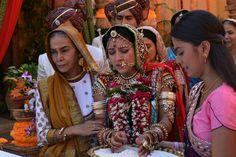 11 Best Balika Vadhu Anandi Enters Shiv S Haveli Images December