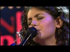 Katie Melua Concert - Live New SWR Pop Festival (2004)  Veröffentlicht am 21.07.2013  Full concert  01. Faraway Voice 02. Call Off The Search 03:17 03. On The Road Again 06:48 04. Crawling Up A Hill 11:40 05. Blame It On The Moon 15:13 06. Belfast 19:14 07. Love Cats 22:50 08. Mockingbird Song 26:45 09. I Think It´s Going To Rain Today 30:50 10. Spider´s Web 34:05 11. The Closest Thing To Crazy 38:15