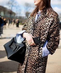 Cappotto leopardato: ecco il capo tendenza animalier da avere!