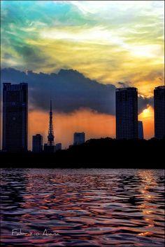 Tokyo tower from Odaiba, by Fabrizio Aiana