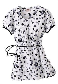 Fashion In Healthcare: White Cross Mono Dots print scrub top. Scrubs Outfit, Scrubs Uniform, Cute Nursing Scrubs, Work Uniforms, Nursing Uniforms, Scrub Shoes, Healthcare Uniforms, White Scrubs, Medical Scrubs