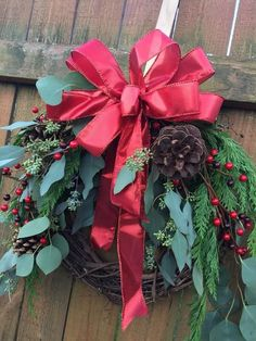 Mixed Pine & Eucalyptus red shimmer bow christmas wreath, holiday wreath, greenery wreath, fresh eve - New Ideas Snowman Christmas Decorations, Christmas Window Display, Christmas Greenery, Christmas Planning, Christmas Time, Xmas, Christmas Fireplace, Fireplace Mantel, Holiday Wreaths