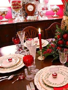 Home: Decorating Ideas, Home Improvement, Cleaning & Organization Tips Outdoor Table Settings, Christmas Table Settings, Outdoor Tables, Christmas Decorations, Table Decorations, Holiday Decor, Christmas Ideas, Christmas Entertaining, All Things Christmas