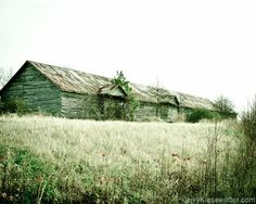 Country Warehouse  in Maryland, photo by Jerry Kiesewetter