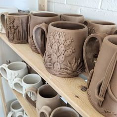 mug art Seedling Clayworks is a one-woman pottery studio in Arizona. Samirah is owner and artist of Seedling Clayworks, and her cactus mugs just can't be beat! Clay Mugs, Ceramic Clay, Ceramic Pottery, Pottery Art, Ceramics Pottery Mugs, Cactus Ceramic, Porcelain Ceramic, Slab Pottery, Pottery Wheel