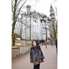 TRAVEL & STYLE | Louis Vuitton Alma BB Epi | Neuschwanstein Castle, Schwangau, Bavaria, Germany