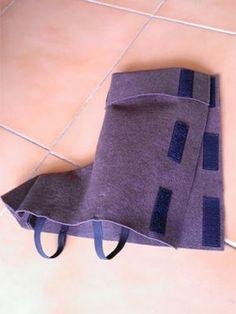 Cómo hacer unas botas para un disfraz con fieltro y máquina de coser. Sirven para muchos disfraces diferentes, sólo tenemos que cambiarles el color y la altura: caballero, pirata, Robin Hood, superhéroe, ... Paso a paso y con imágenes.