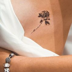 By Ghinko done at West 4 Tattoo Manhattan. By Ghinko done at West 4 Tattoo Manhattan. The post By Ghinko done at West 4 Tattoo Manhattan. appeared first on Diy Flowers. Form Tattoo, 4 Tattoo, Shape Tattoo, Body Art Tattoos, Tatoos, Tiny Tattoo, Chic Tattoo, Finger Tattoos, Piercing Tattoo