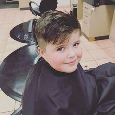 Little Boy Haircuts and Hairstyles 2018 Hairdos For Short Hair, Little Boy Hairstyles, Easy Hairstyles For Kids, Short Hair Styles, Curly Hair, Children Hairstyles, Toddler Boy Haircuts, Girl Haircuts, Hairstyles Haircuts