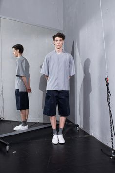 This summer MEI KAWA came up with a completely different tone than before but with a collection that is still very typical of the brand. Trendy Mens Fashion, Mens Fashion Week, Rare Clothing, Mens Clothing Styles, Apparel Clothing, Fashion Line, Fashion Images, Fashion Styles, Lightroom