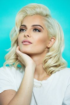 Uploaded by Tommo Tomlinson. Find images and videos about cute, beautiful and bebe rexha on We Heart It - the app to get lost in what you love. Bebe Rexha, Blonder Bob, Bebe Baby, Cool Blonde, Celebs, Celebrities, Demi Lovato, Cute Hairstyles, Queens