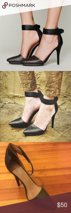 Jeffrey Campbell x Free People Solitaire Heels Good condition worn once! Jeffrey Campbell Shoes Heels