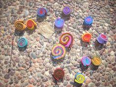 Collar y aros colores de fieltro