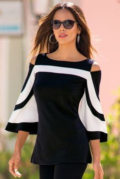 Travel Collection Women's Black and White Travel Colorblock Cold-Shoulder Top. Dame Chic, Mode Style, Black Blouse, Black Pants, Beautiful Outfits, Casual Wear, Blouses For Women, Ideias Fashion, Fashion Dresses