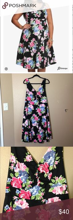 TORRID floral swing dress Torrid floral swing dress, fitted bodice with a flare skirt. Great condition. torrid Dresses