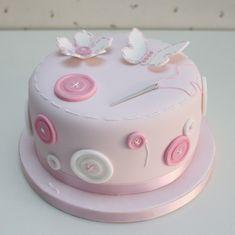 Nos encanta que nuestras tartas estén en los momentos especiales.   María, nuestra fan nº1 de la que os hemos hablado otras veces, nos ...