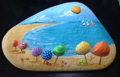 A lot of people came to the beach today. #rockpainting
