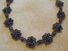 ▶ Fun Floral Necklace - YouTube