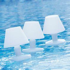 Floating pool lighting