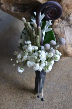white Grooms flowers