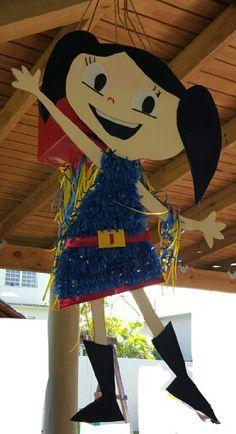 El mundo de Luna piñata