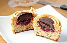 PB&J Cupcakes with Peanut Butter Chocolate Ganache