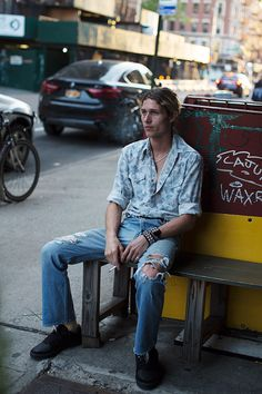 The Sartorialist / On the Street…Lower East Side, New York Milan Fashion Weeks, New York Fashion, Paris Fashion, Mens Fashion, Style Fashion, Look Cool, Cool Style, Men's Style, Style Men