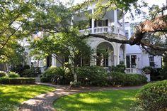 Dula Notes City Guide // Charleston, South Carolina