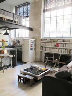 Mezzanine & kitchen