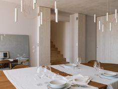 Fotografía de arquitectura - JRFotografía Bathroom Lighting, Conference Room, Stairs, Dining, Interior Detailing, Mirror, Table, House, Furniture